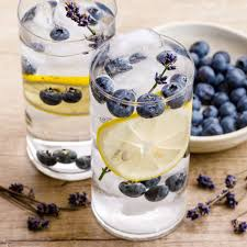Anti-stress water with lavender and blueberries