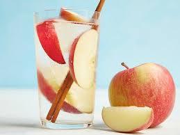 Apple cinnamon drink