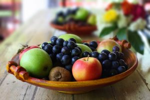 vegetarian diet to lose weight - low carb fruits
